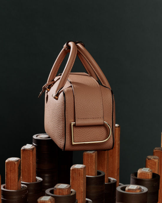 Delvaux by Frederic Uyttenhove